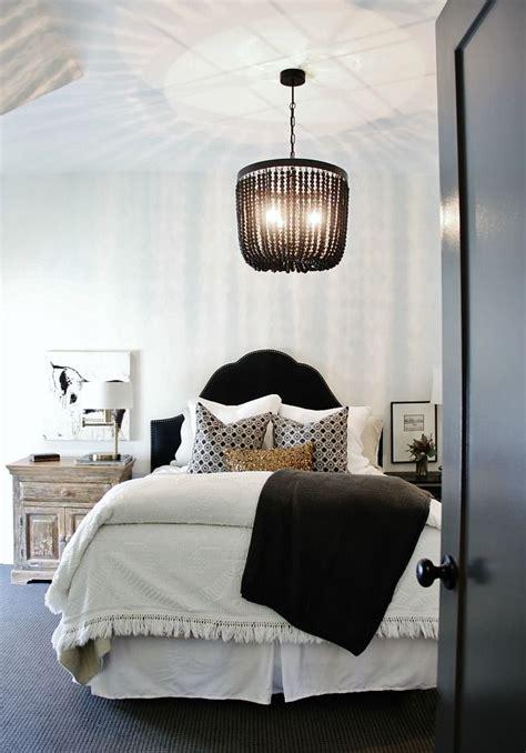 Simple Bedroom Chandelier Best 25 Bedroom Chandeliers Ideas On Master