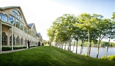 17 of the Best Waterfront Wedding Venues in CT
