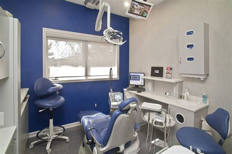 efficient office layout  dental office interior design