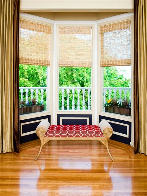 Bay Window Ideas | modern bay window styling ideas
