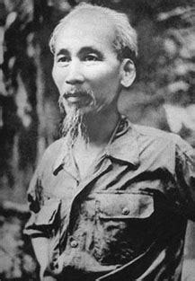 A Magia da 7ª Arte!!!: Ho Chi Minh o Poeta no Apocalipse!