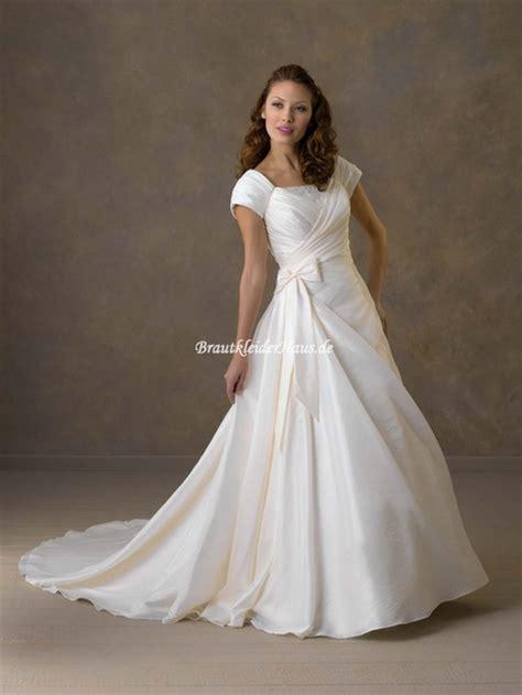 Brautkleider Mit ã Rmel by Hochzeitskleider Mit 228 Rmel