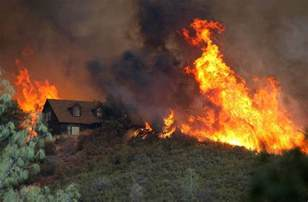 map of wildfires in california northern california explodes 24 homes lost