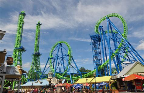 theme park uk new a family guide to six flags amusement parks family
