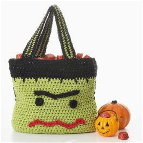 crochet pattern halloween bag 5 knit and crochet halloween trick or treat bags