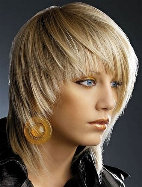 shaggy hair styles with bangs with medium hair 40 medium blonde shaggy hairstyles for fine hair with bangs