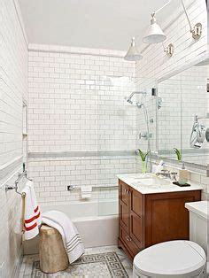 decorating ideas for a small bathroom 1000 ideas about bathroom on tubs cottage