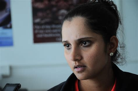 Service Tax Department summons Sania Mirza for alleged