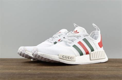 Harga Nmd Gucci adidas nmd r1 gucci bee preto outlet t 234 nis outlet tenis