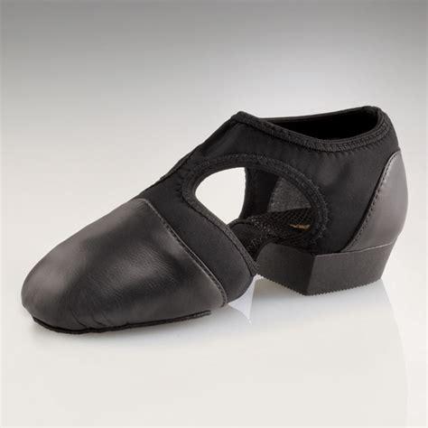 lyrical shoes capezio child s pedini femme lyrical shoes black