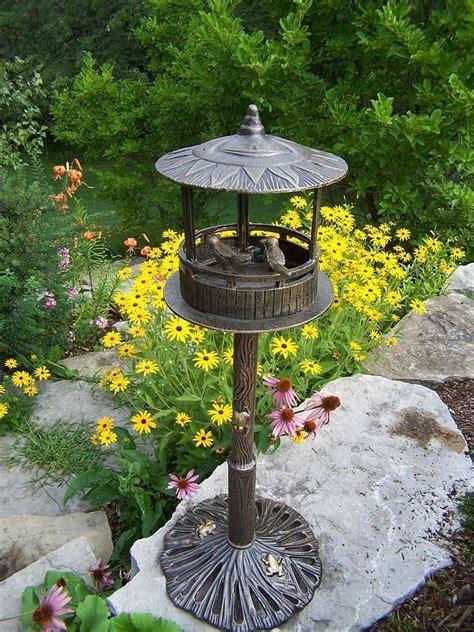 bird houses  outdoor bird baths solar birdbaths