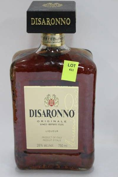 750ml bottle of disaronno liqueur 28