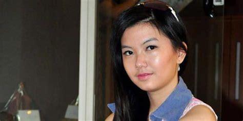 Kacamata Gaya Fashion Wu 905 viola wu ingin seperti maia estianty kapanlagi
