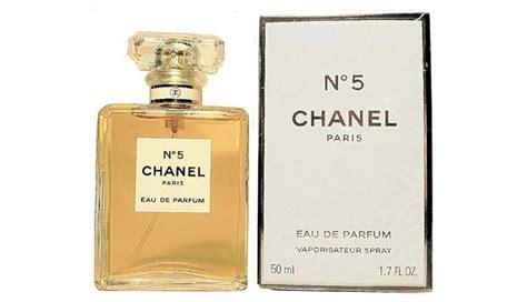 Jenis Dan Parfum Bvlgari 10 parfum berkelas kesukaan wanita seperti atut gaya