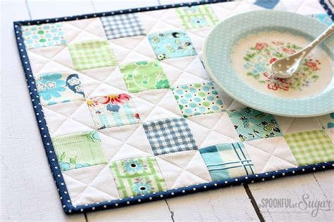 Patchwork Placemat Patterns - scrappy patchwork placemat a spoonful of sugar