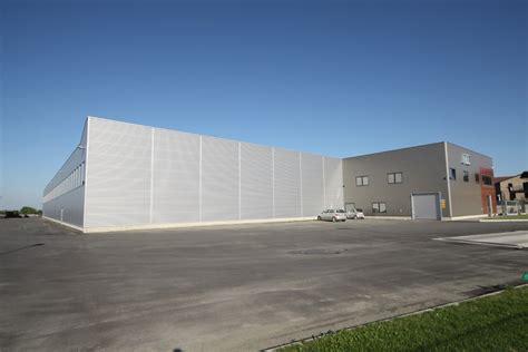 costruzione capannoni prefabbricati prezzi capannoni in ferro prefabbricati pannelli termoisolanti