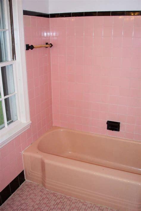 best way to refinish bathtub 17 best ideas about bathtub reglazing on pinterest