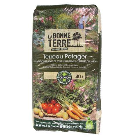 what soil to buy for vegetable garden vegetable garden compost buy vegetable garden compost