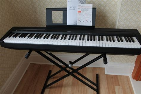 Piano Yamaha P 45 yamaha p45 digital piano black with stand and sustain
