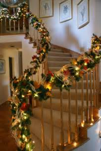 Banister Christmas Decorations 30 Cozy Fall Staircase D 233 Cor Ideas Digsdigs