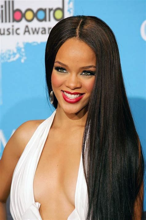 longest hair in hollywood rihanna in long straight hair hollywood fashion style