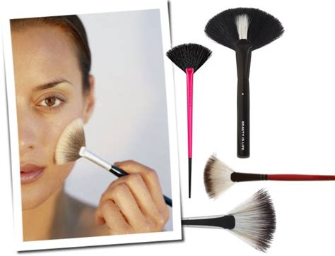 what is a fan makeup brush used for makeup how to use a fan brush saubhaya makeup