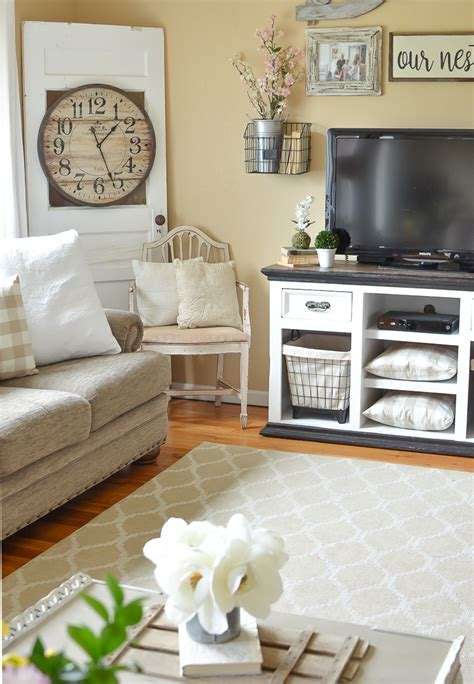 how to decorate old house simple spring decor in the living room