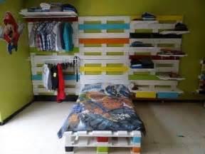 Pallet Kids Bedroom Furniture 30 Diy Pallet Furniture Projects 99 Pallets