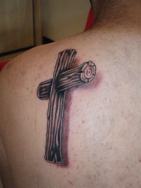 tattoo 3d wood 105 beautiful 3d cross tattoo