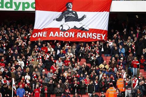 arsenal fans why pathetic aaron ramsey chants would have embarrassed