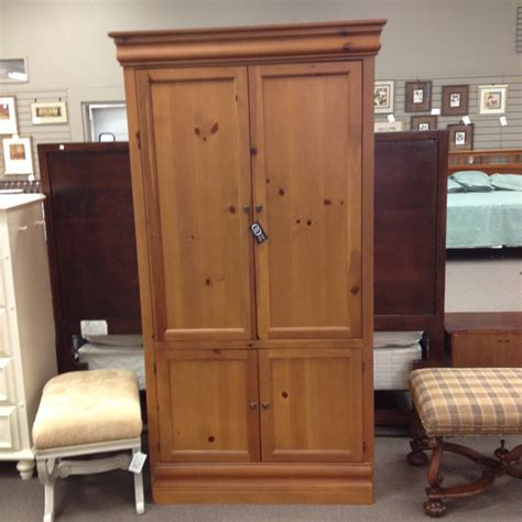 broyhill jewelry armoire broyhill jewelry armoire the best 28 images of broyhill