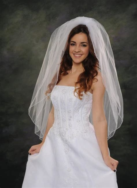 2 tiers wedding veils pencil edge finger tip veil 42 long