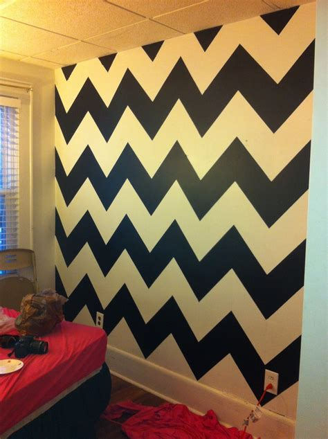 Black And White Chevron Bedroom by 17 Best Ideas About Coral Walls Bedroom On