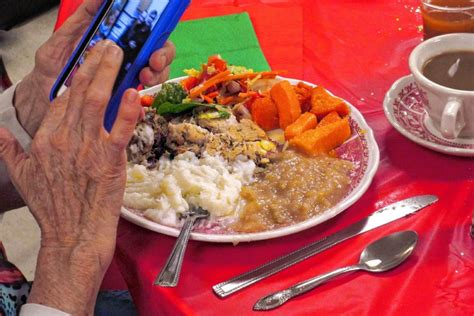 manna soup kitchen s meal offers food and fellowship