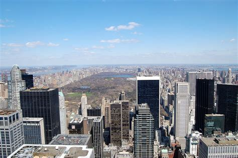 which hotels have a view of rocksfeller center tree file view from rockefeller center jpg wikimedia commons