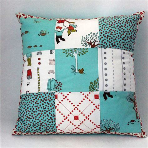 Patchwork Cushion Patterns - 25 best ideas about patchwork pillow on