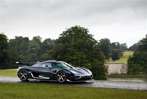 Wallpapers Koenigsegg 2014 One 1 Worldwide Black Rain Cars