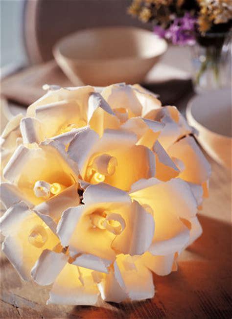 ladario led fai da te come realizzare un bouquet di fiori di carta donna moderna