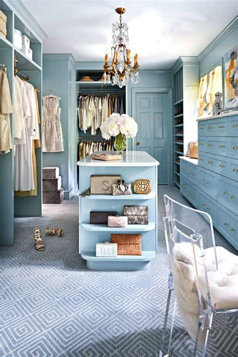 luxury closet design ideas  bring  bling
