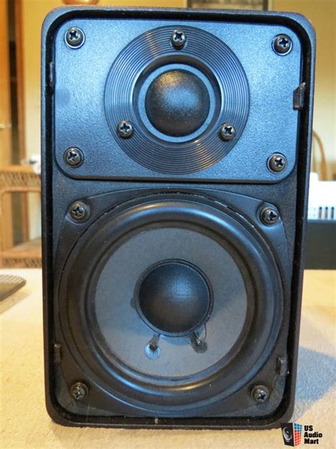 realistic minimus 7 bookshelf speakers photo 735293 us