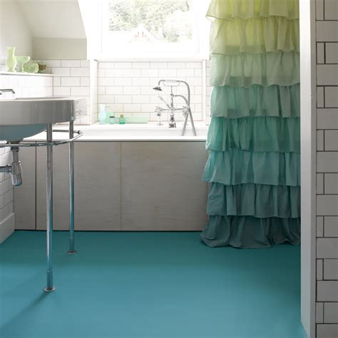 vinyl tiles for bathroom bathroom vinyl best vinyl at vinylflooring ae