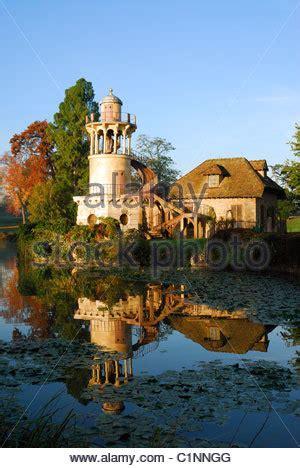 queen's hamlet marie antoinette's estate hameau de la