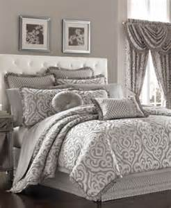 closeout j new york claremont comforter sets