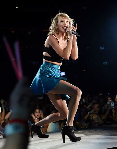 taylor swift concert england taylor swift 1989 world tour concert in east rutherford