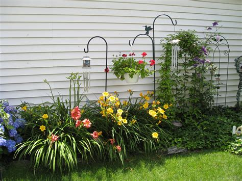 garden ideas for side of house against the east side of the house gardening