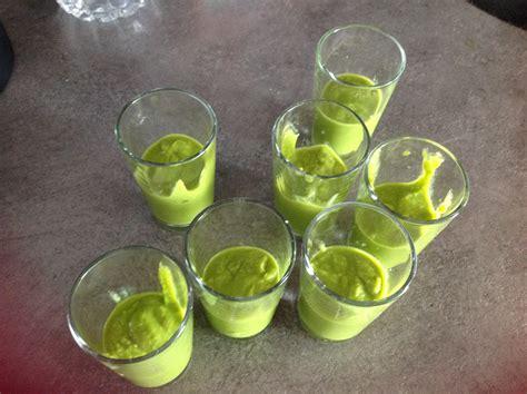 cuisiner petit pois surgel駸 velout 233 de petit pois blogs de cuisine