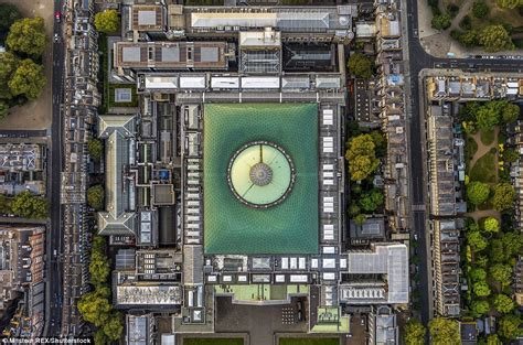 how many of these 8 london buildings can you name londonist london landmarks pictured from above in stunning images daily mail online