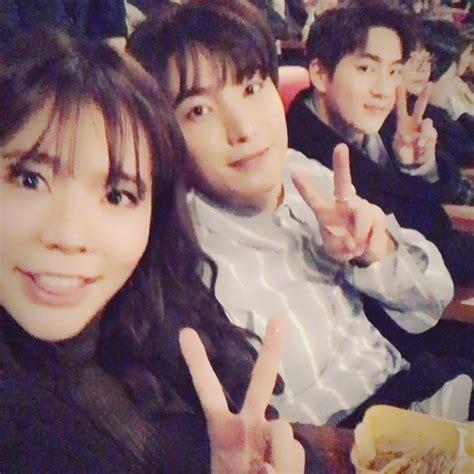 film suho exo dan yoona snsd nonton premiere film yoona cerianya sunny selfie bareng