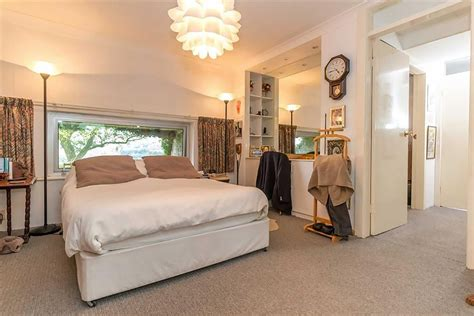 hobbit hole bedroom this luxury hobbit home in the uk could be yours for just