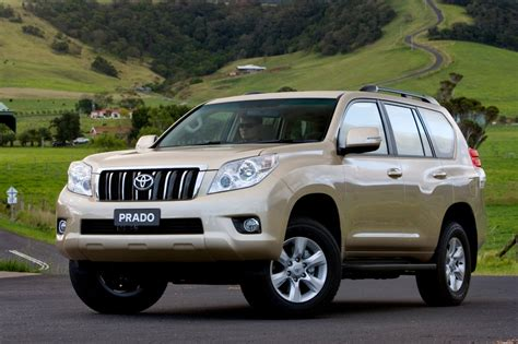 toyota prado 2013 toyota landcruiser prado kakadu road test review